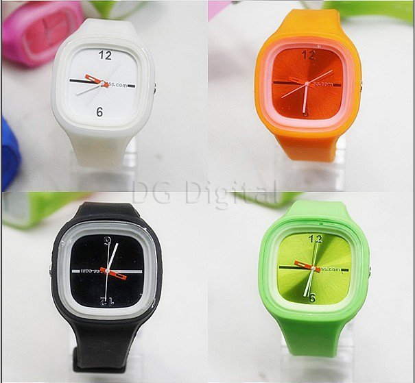 Rubber 23 cm Square watch  Digital 8008