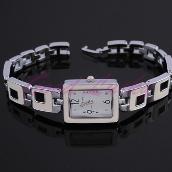 Women Quartz watch Fashion & Casual  4 cm