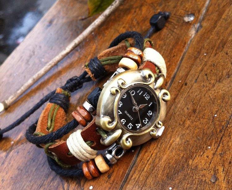2012 New style Wholesale Genuine Cow Leather strap quartz ladies watch fashion hot sell personality bracelet
