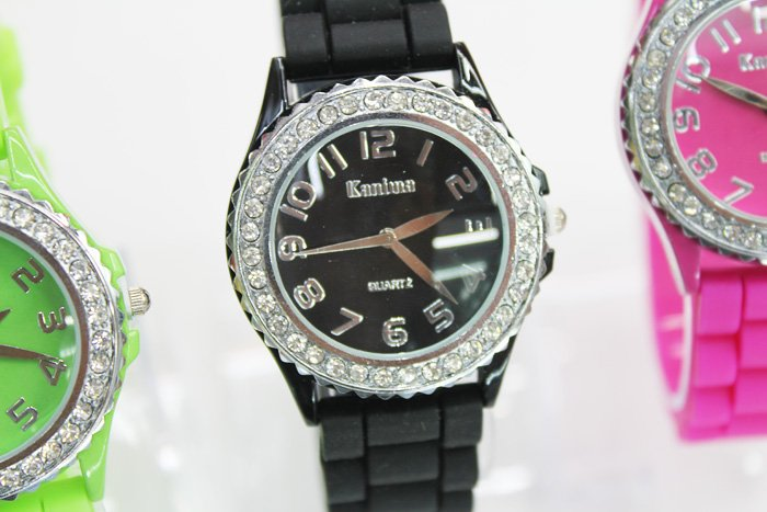 Leather 1 inch Round watch Glass Quartz fashion watch
