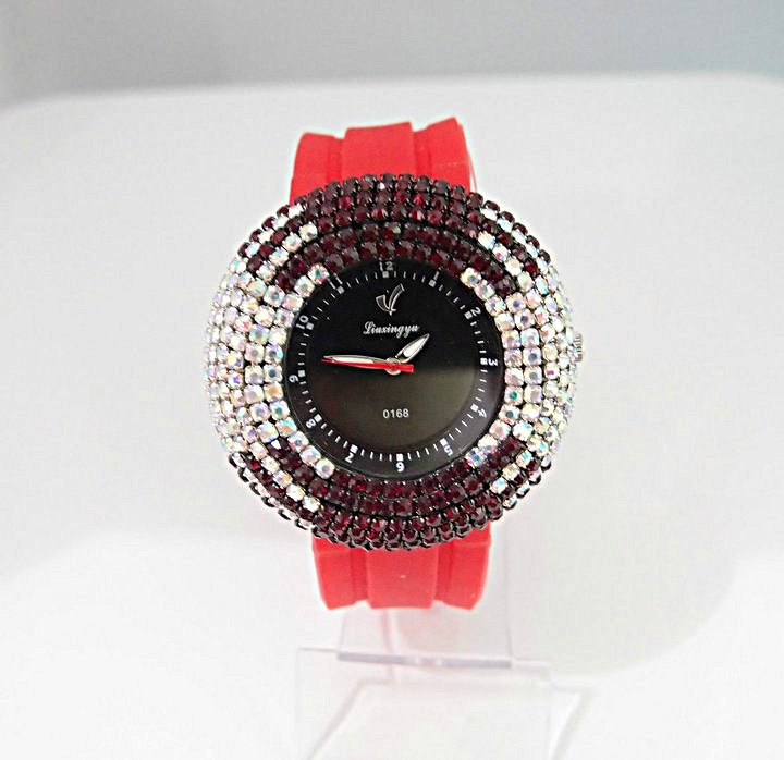 5 colors fashion women s sparkling crystal red Silicone band quartz watch ZC032