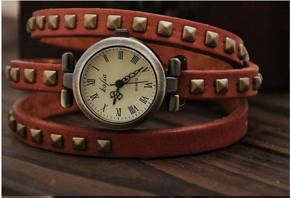 5pcs fashion VINTAGE The tide is Good looking personality quartz watch
