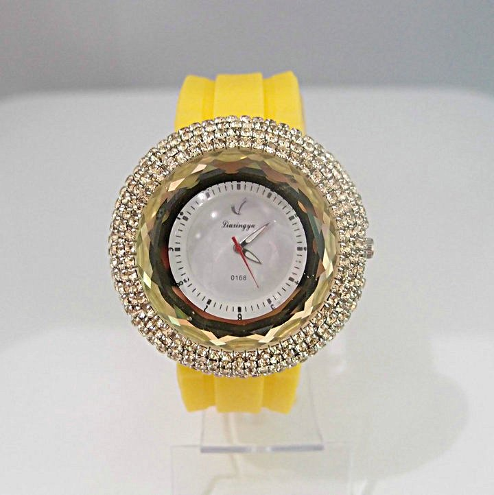 6 colors good quality women s sparkling crystal yellow Silicone quartz watch ZC039