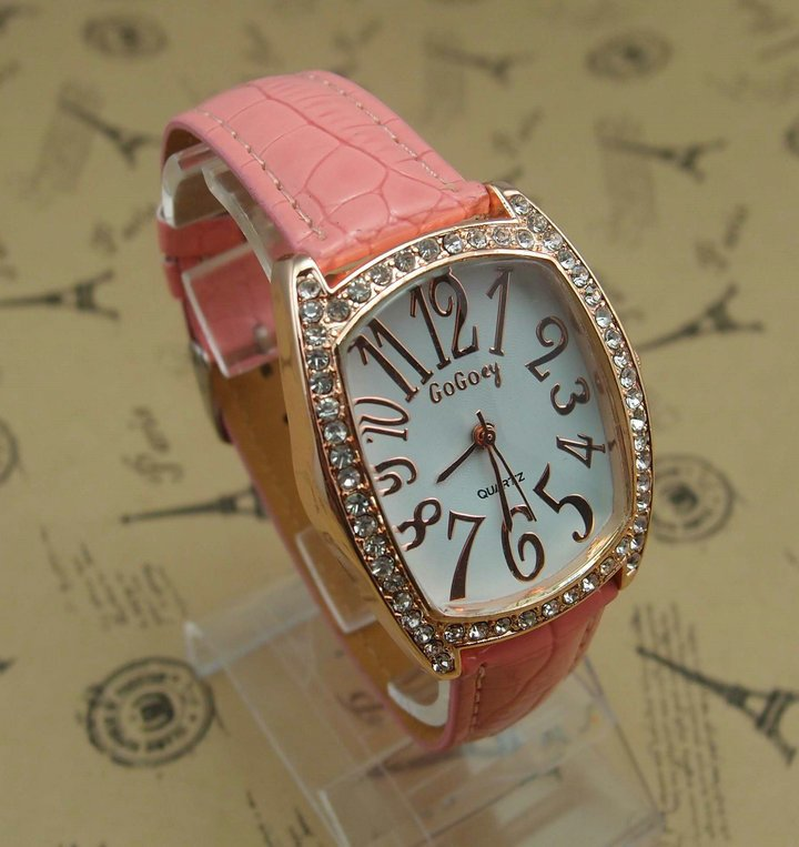 6 colors wholesale Top Quality women s crystal pink leather quartz Watch RQ0090