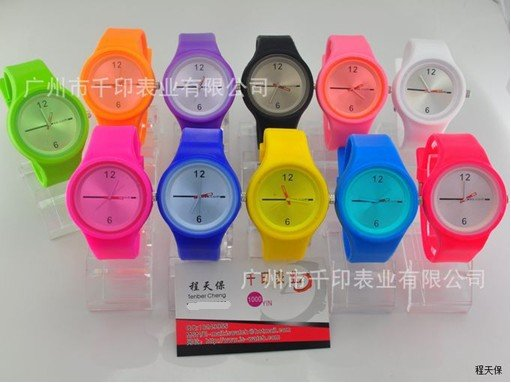 Factory Price 2012 Hot New Wristwatches Candy Colors Leisure Watches men s watch Silicone Sports Watches