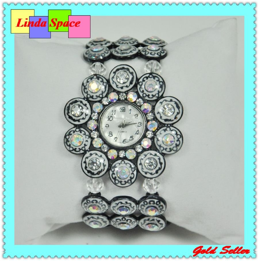 Fashion Luxury Band wrist watch women watch with multicolors