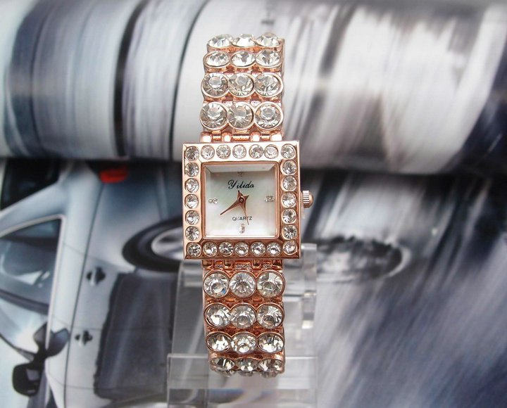Good Quality lady s rose gold color Analog Watch MD0039