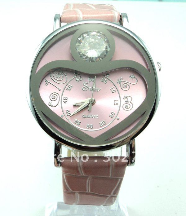 Leather 21 inch Round watch Glass Quartz W892