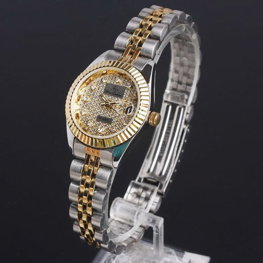 Plastic 24 cm Round watch Crystal Quartz