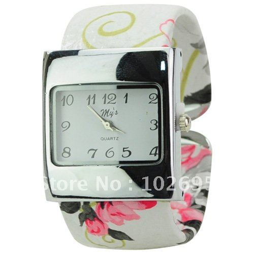 Graceful Square Dial Band with Pattern of Flower Quartz Bracelet Watch for Ladies women watch