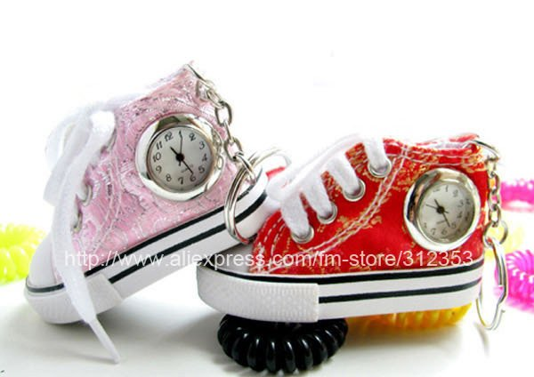 Hot sale 10X lovely shoes watch quartz hung watch for children or student