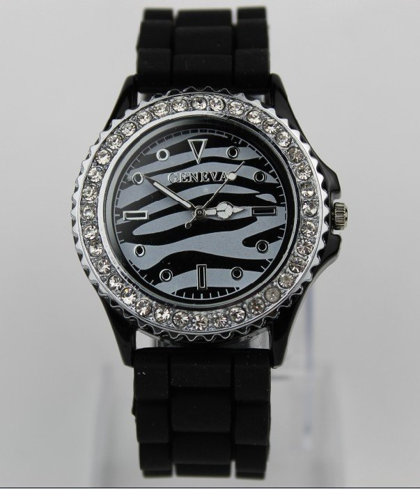 Stainless Steel 23.2 cm Round watch Crystal Quartz
