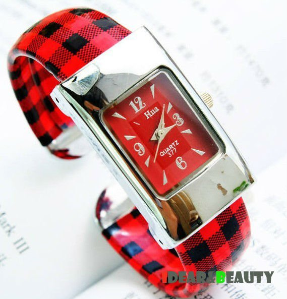 Round watch Glass Quartz